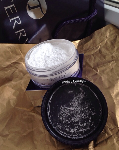 Hyaluronic Hydra-Powder by By Terry #9