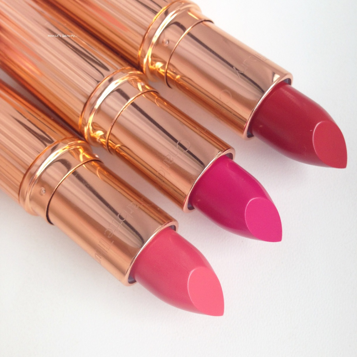 CHARLOTTE TILBURY's K.I.S.S.I.N.G Fallen From The Lip Stick Tree in Coachella Coral, Velvet Underground and So Marilyn
