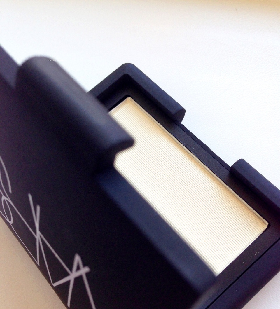 NARS Highlighting Blush Powder in Albatross anniesbeautyblog2