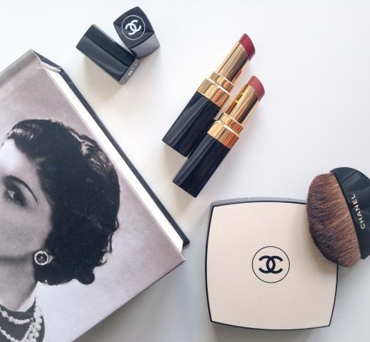 Chanel Rouge Coco Shines #99 Mélancolie and #112 Téméraire anniesbeautyblog2